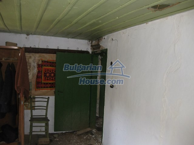 11130:22 - Two cheap properties in an illustrious hilly village near Popovo