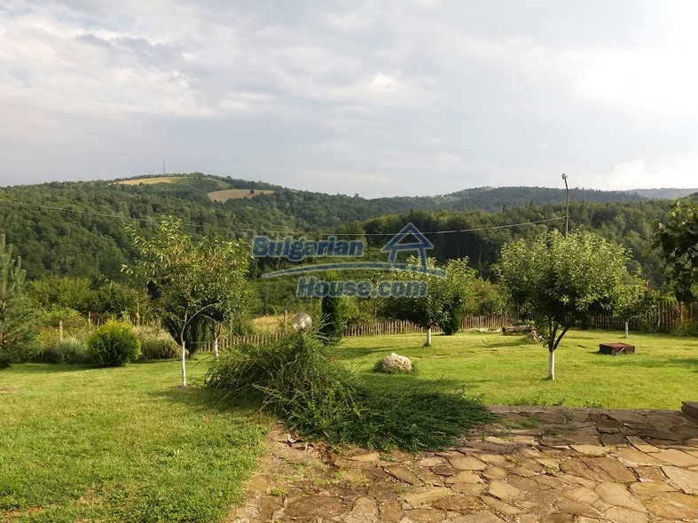 12640:2 - Fabulous Bulgarian house with stunning mountain views