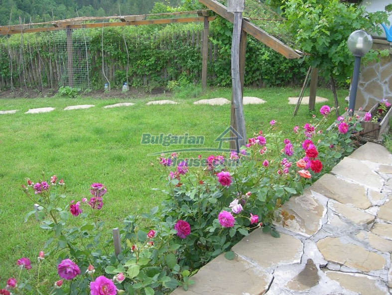 12640:15 - Fabulous Bulgarian house with stunning mountain views