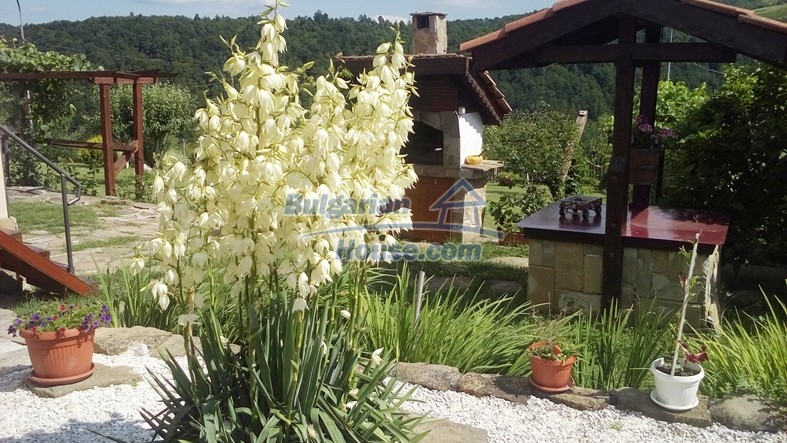 12640:19 - Fabulous Bulgarian house with stunning mountain views