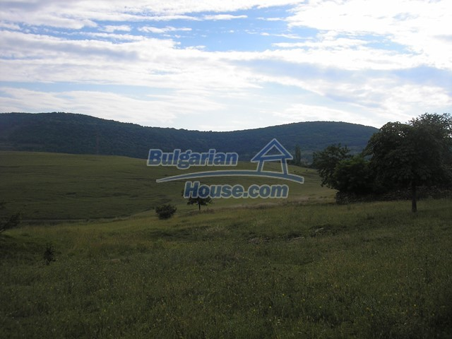 11036:8 - Massive partially furnished rural property in Vratsa region