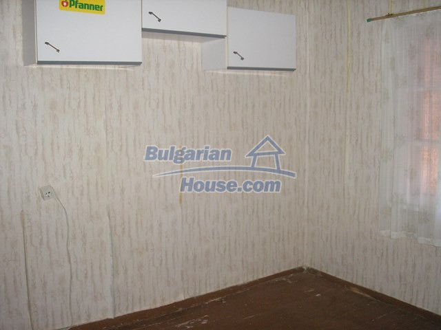 11036:60 - Massive partially furnished rural property in Vratsa region