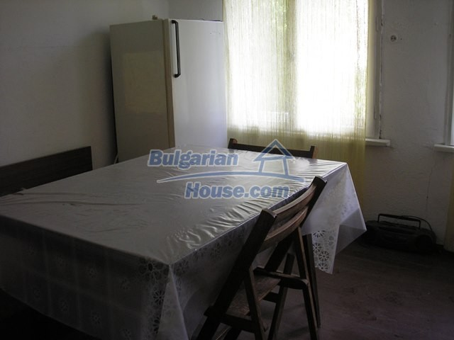 11036:48 - Massive partially furnished rural property in Vratsa region