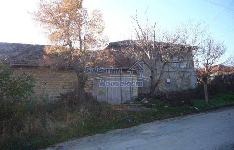 12014:13 - Functional and spacious rural house near Veliko Tarnovo