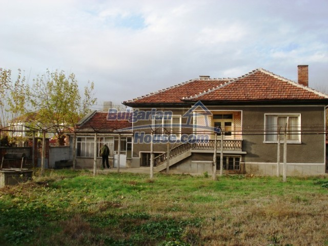 11170:1 - Charming furnished house with a huge garden near Stara Zagora