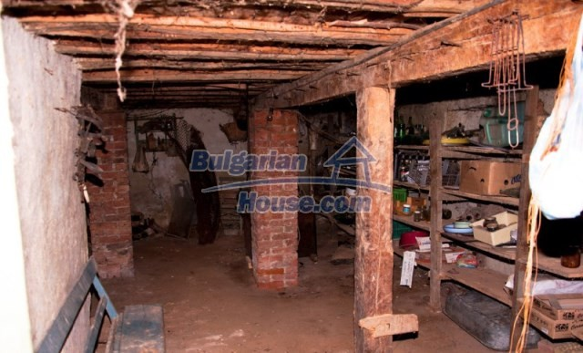 11040:13 - A nice old house for sale in a charming region, Shumen