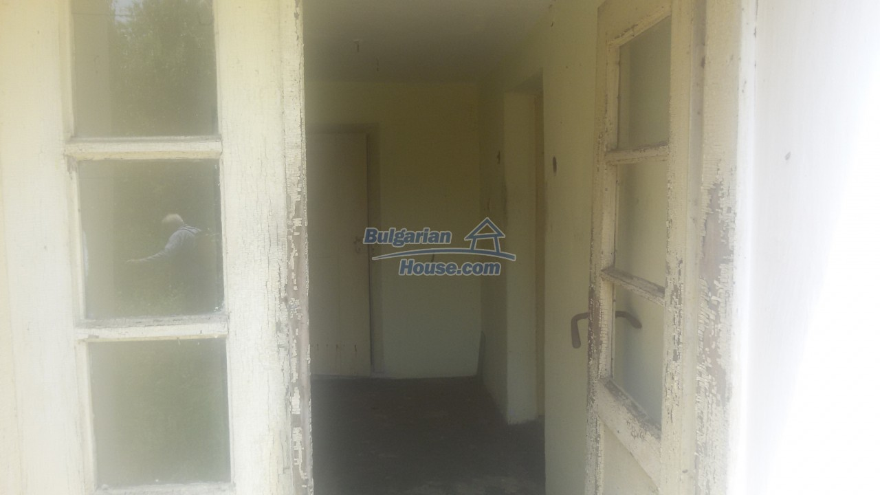 12293:2 - Cheap property in Veliko Tarnovo region with water well