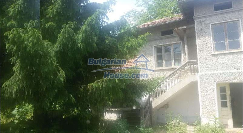 12293:6 - Cheap property in Veliko Tarnovo region with water well