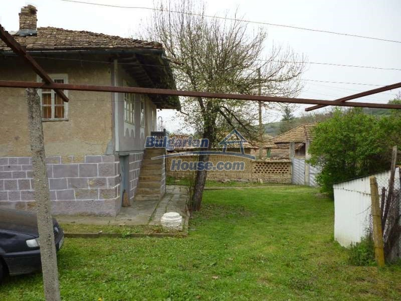 12763:3 - House with big garden in a peaceful place for sale near Opaka