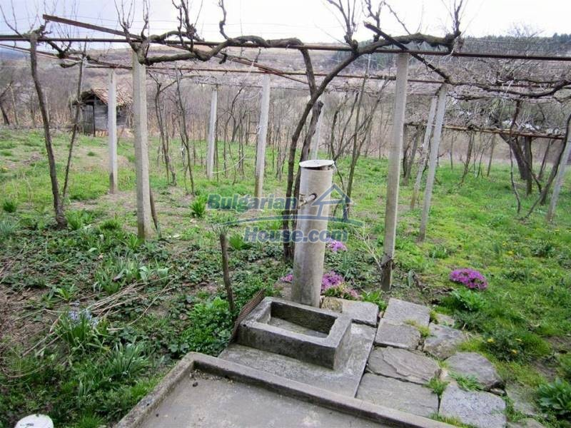 12712:6 - Cozy Bulgarian house for sale with garden of 5100sq.m, Popovo