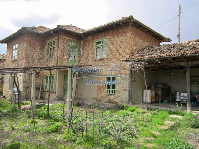 12712:1 - Cozy Bulgarian house for sale with garden of 5100sq.m, Popovo