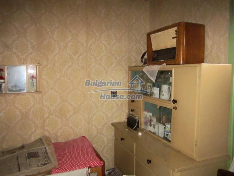 12712:10 - Cozy Bulgarian house for sale with garden of 5100sq.m, Popovo