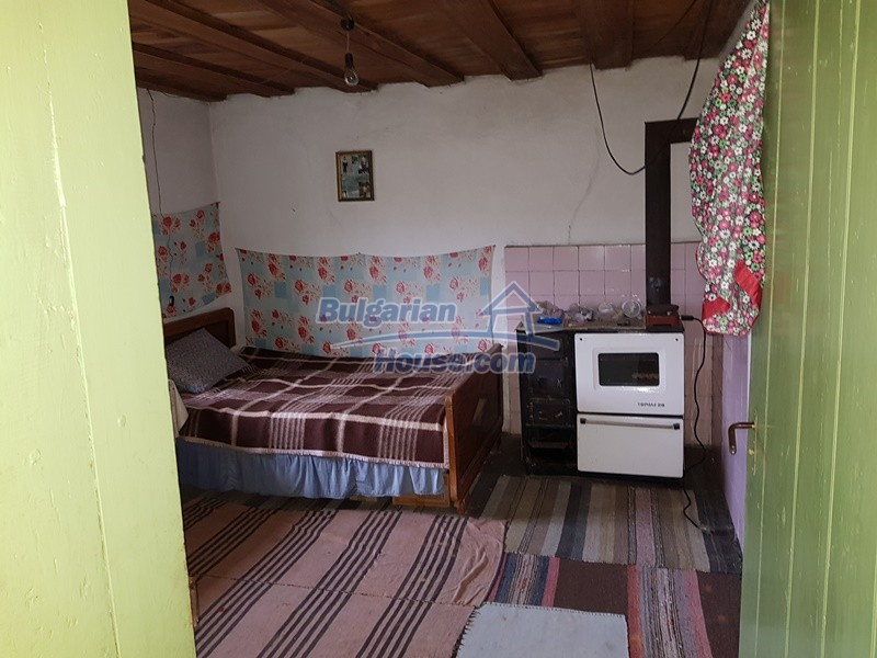12712:17 - Cozy Bulgarian house for sale with garden of 5100sq.m, Popovo