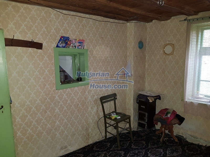 12712:25 - Cozy Bulgarian house for sale with garden of 5100sq.m, Popovo