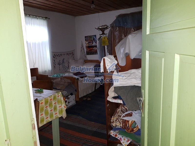 12712:34 - Cozy Bulgarian house for sale with garden of 5100sq.m, Popovo