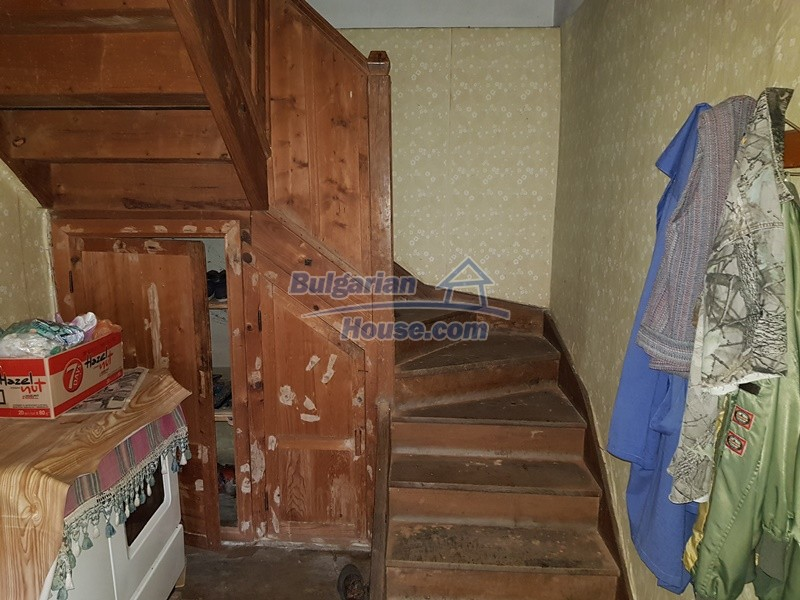 12712:31 - Cozy Bulgarian house for sale with garden of 5100sq.m, Popovo