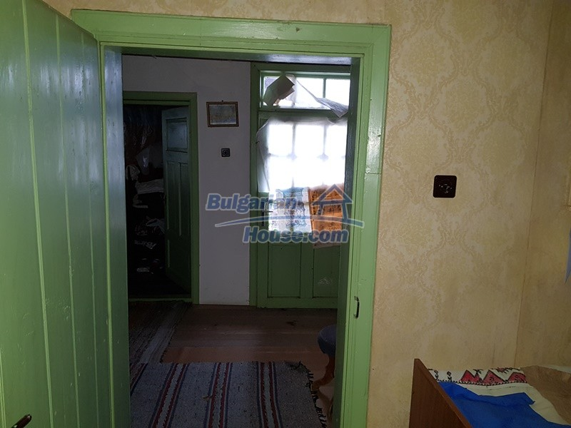 12712:43 - Cozy Bulgarian house for sale with garden of 5100sq.m, Popovo