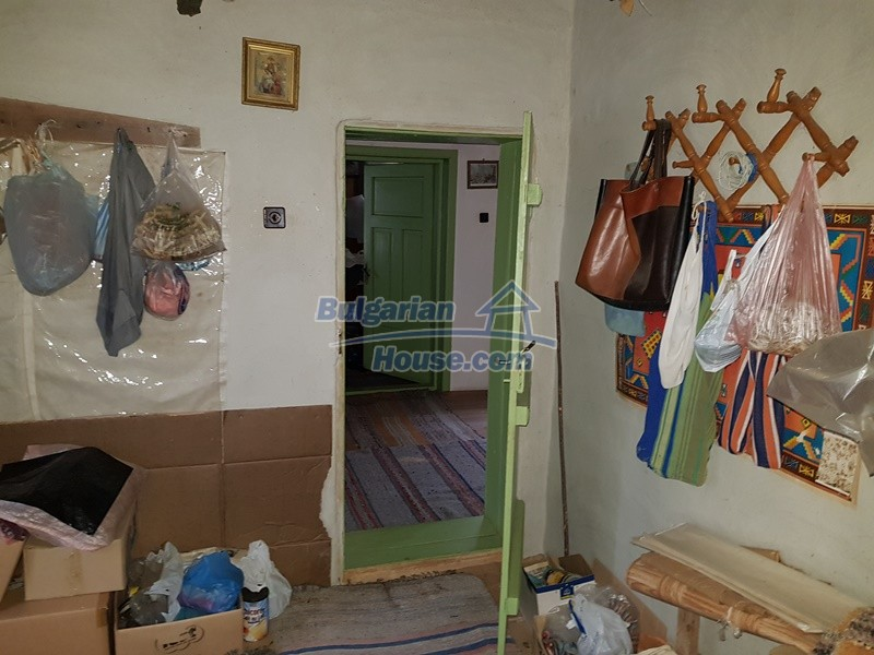 12712:47 - Cozy Bulgarian house for sale with garden of 5100sq.m, Popovo