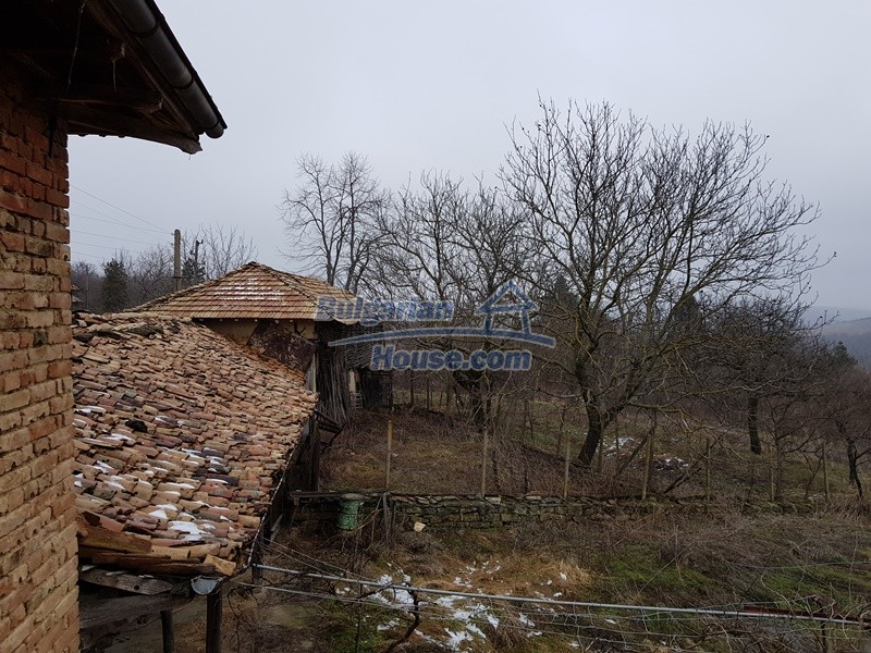 12712:53 - Cozy Bulgarian house for sale with garden of 5100sq.m, Popovo