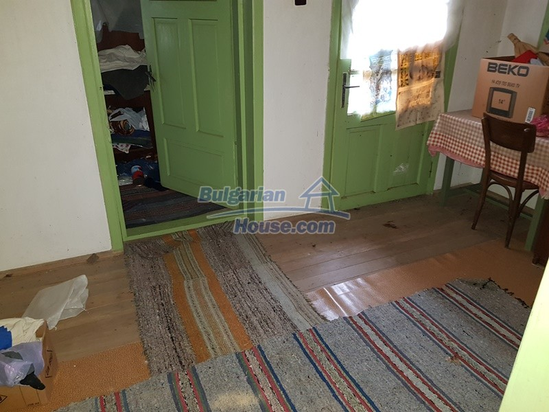 12712:48 - Cozy Bulgarian house for sale with garden of 5100sq.m, Popovo