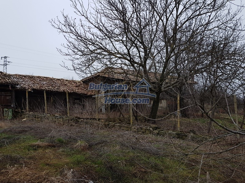 12712:60 - Cozy Bulgarian house for sale with garden of 5100sq.m, Popovo
