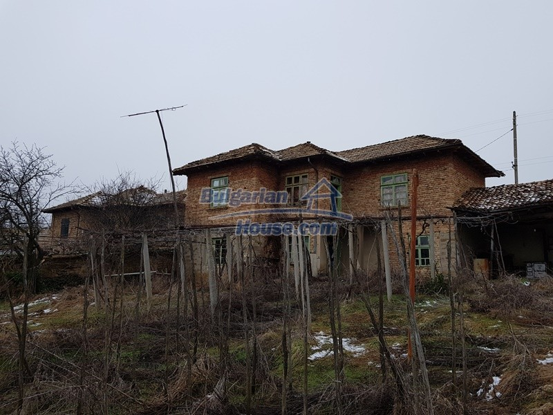 12712:61 - Cozy Bulgarian house for sale with garden of 5100sq.m, Popovo