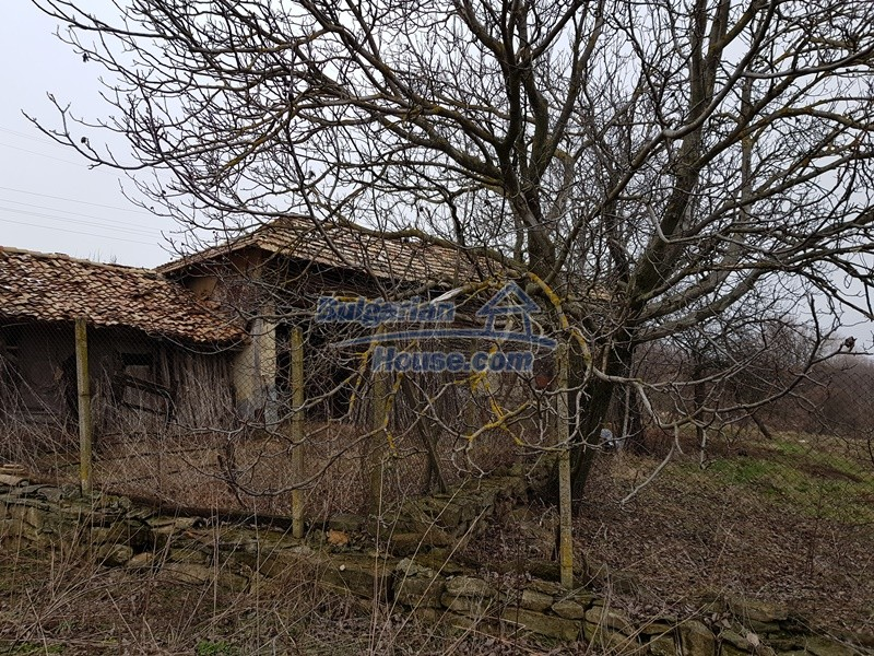 12712:65 - Cozy Bulgarian house for sale with garden of 5100sq.m, Popovo