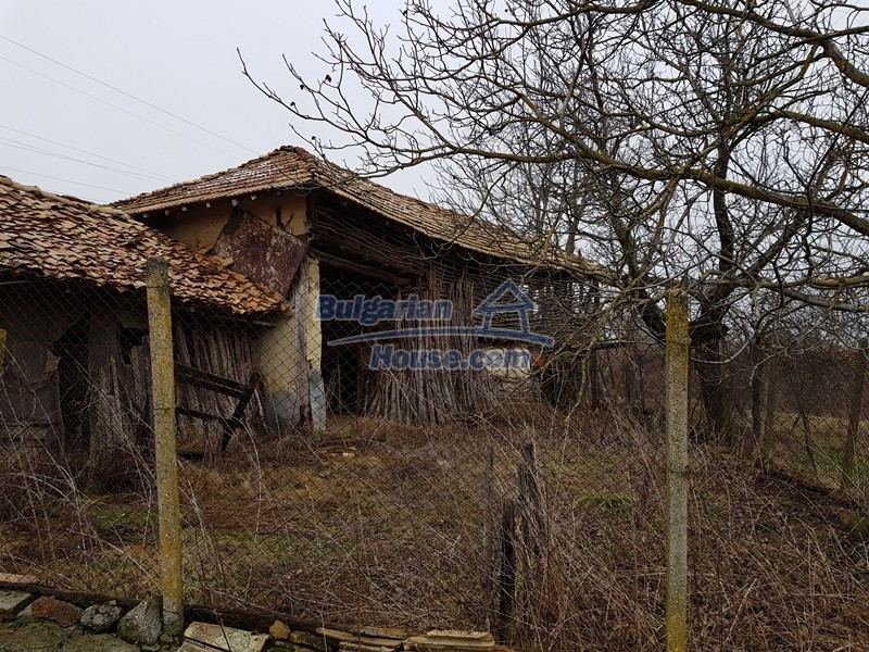 12712:59 - Cozy Bulgarian house for sale with garden of 5100sq.m, Popovo