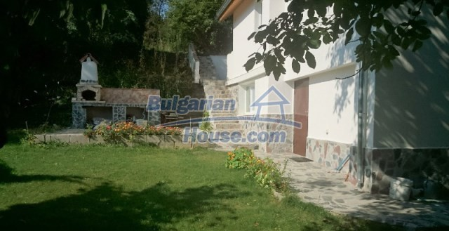 11995:2 - Furnished house near Sofia – nicely arranged garden