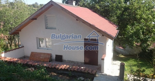 11995:4 - Furnished house near Sofia – nicely arranged garden