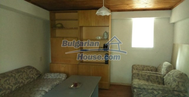 11995:5 - Furnished house near Sofia – nicely arranged garden