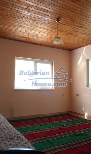 11995:10 - Furnished house near Sofia – nicely arranged garden