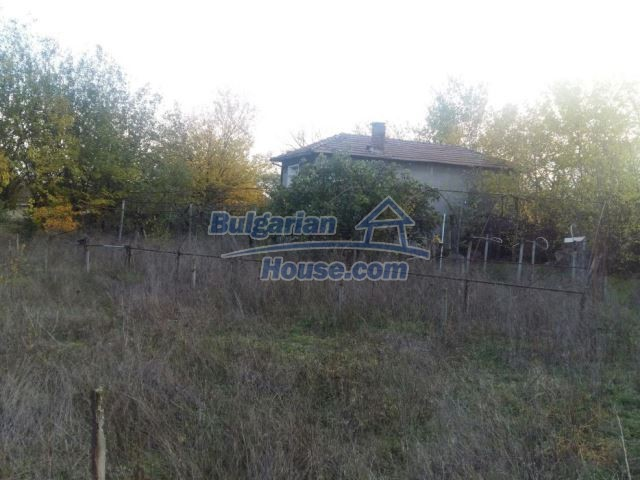 12738:10 - Bulgarian house for sale  in Shishmatsi 24km away from Plovdiv