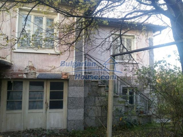 12738:1 - Bulgarian house for sale  in Shishmatsi 24km away from Plovdiv