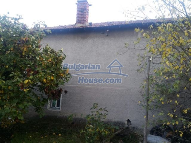 12738:6 - Bulgarian house for sale  in Shishmatsi 24km away from Plovdiv