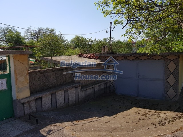 12739:6 - Partly renovated Bulgarian property for sale 35 km from Plovdiv