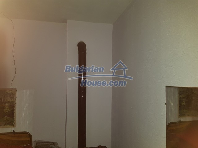 12739:9 - Partly renovated Bulgarian property for sale 35 km from Plovdiv