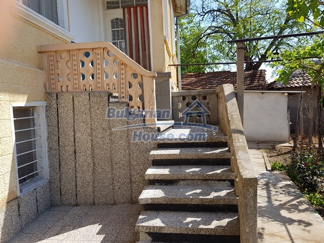 12739:23 - Partly renovated Bulgarian property for sale 35 km from Plovdiv