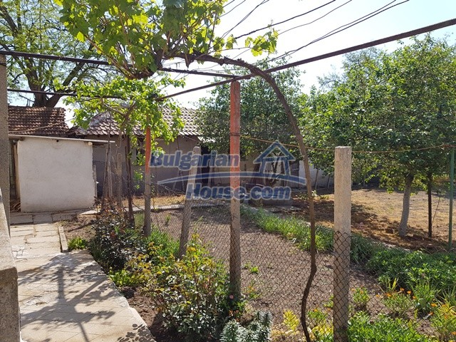 12739:25 - Partly renovated Bulgarian property for sale 35 km from Plovdiv