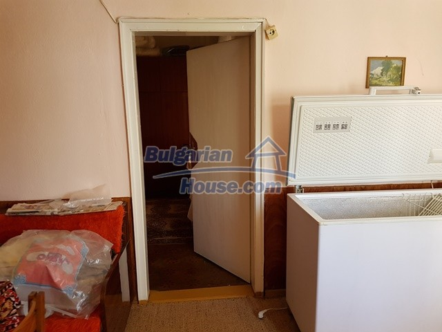12739:13 - Partly renovated Bulgarian property for sale 35 km from Plovdiv