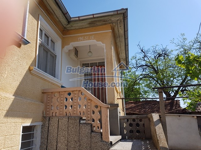 12739:24 - Partly renovated Bulgarian property for sale 35 km from Plovdiv