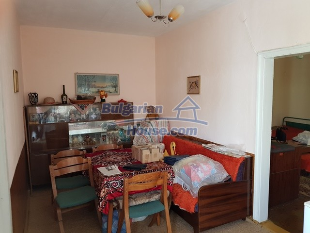 12739:19 - Partly renovated Bulgarian property for sale 35 km from Plovdiv