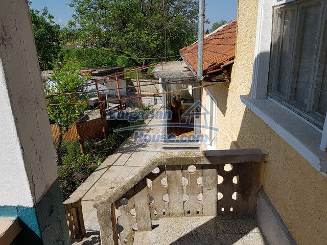 12739:20 - Partly renovated Bulgarian property for sale 35 km from Plovdiv