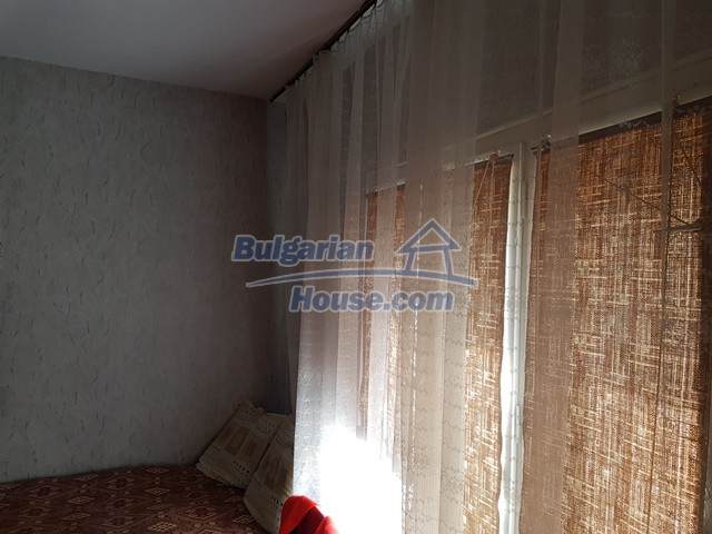 12739:47 - Partly renovated Bulgarian property for sale 35 km from Plovdiv