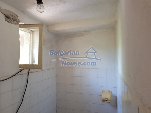 12739:57 - Partly renovated Bulgarian property for sale 35 km from Plovdiv