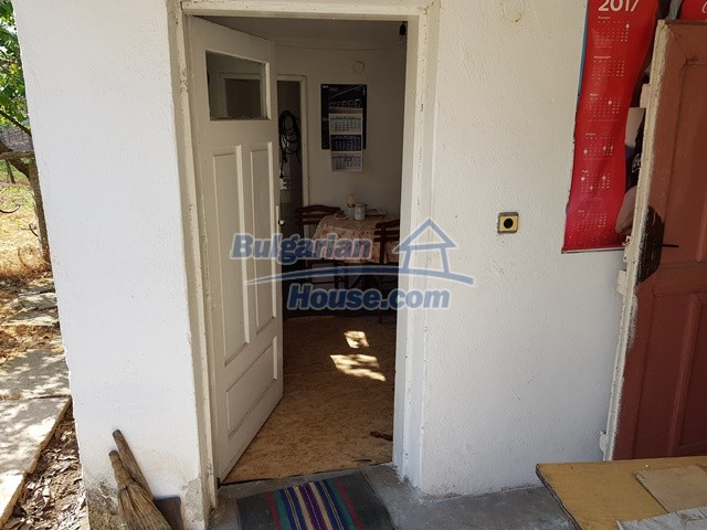 12739:53 - Partly renovated Bulgarian property for sale 35 km from Plovdiv