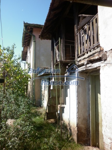 12753:3 - Rural Bulgarian property near river and 35 km from Vratsa city