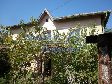 12753:2 - Rural Bulgarian property near river and 35 km from Vratsa city