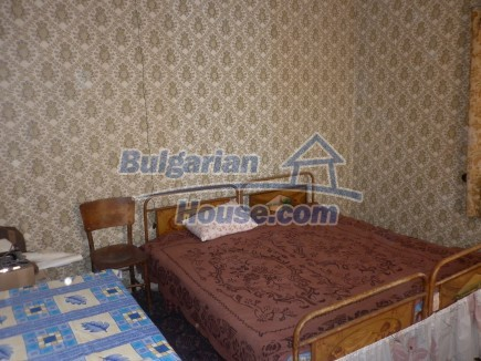 12753:14 - Rural Bulgarian property near river and 35 km from Vratsa city