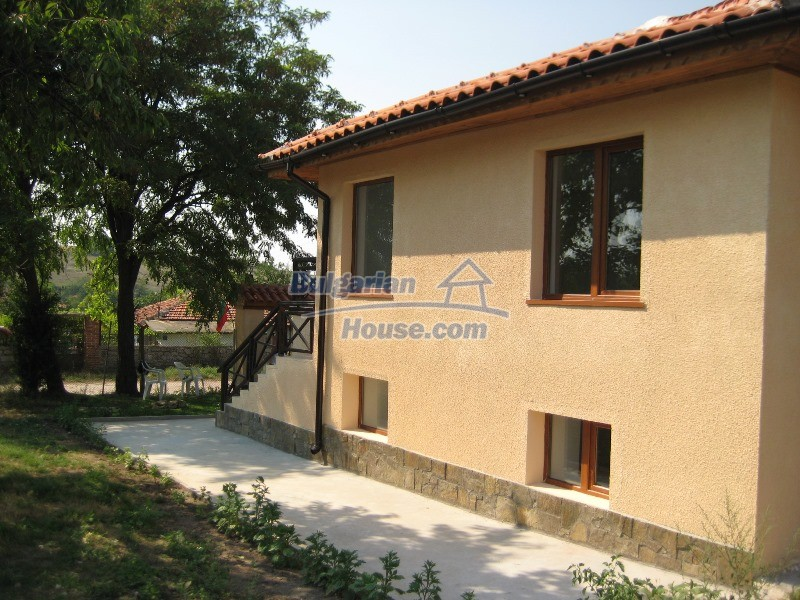 11137:3 - Nice renovated rural house near a golf course, Elhovo